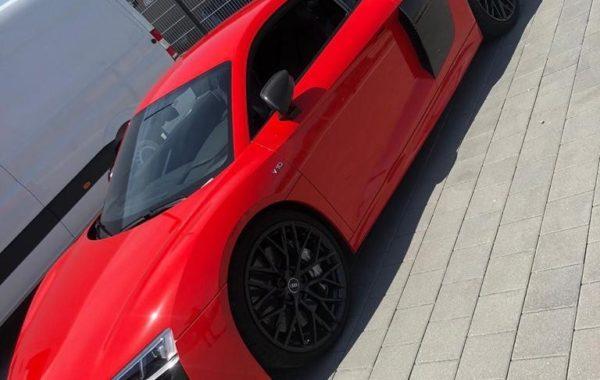 Audi R8 fertig foliert