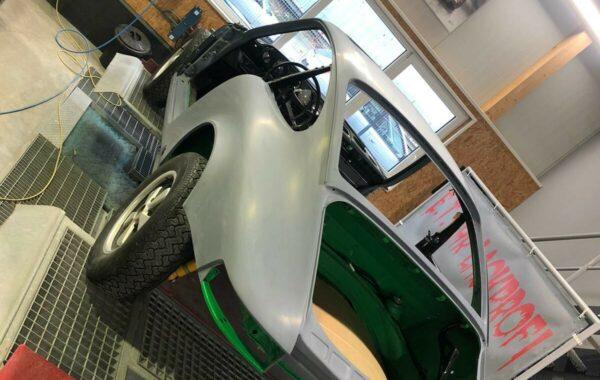 Vorbereitung Porsche Lackierung
